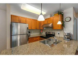 """Photo 3: 108 2373 ATKINS Avenue in Port Coquitlam: Central Pt Coquitlam Condo for sale in """"CARMANDY"""" : MLS®# V1136914"""