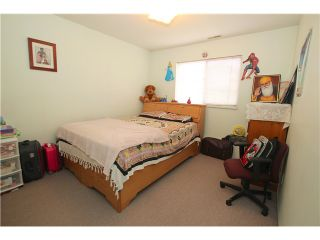 """Photo 19: 6017 189TH Street in Surrey: Cloverdale BC House for sale in """"CLOVERHILL"""" (Cloverdale)  : MLS®# F1423444"""