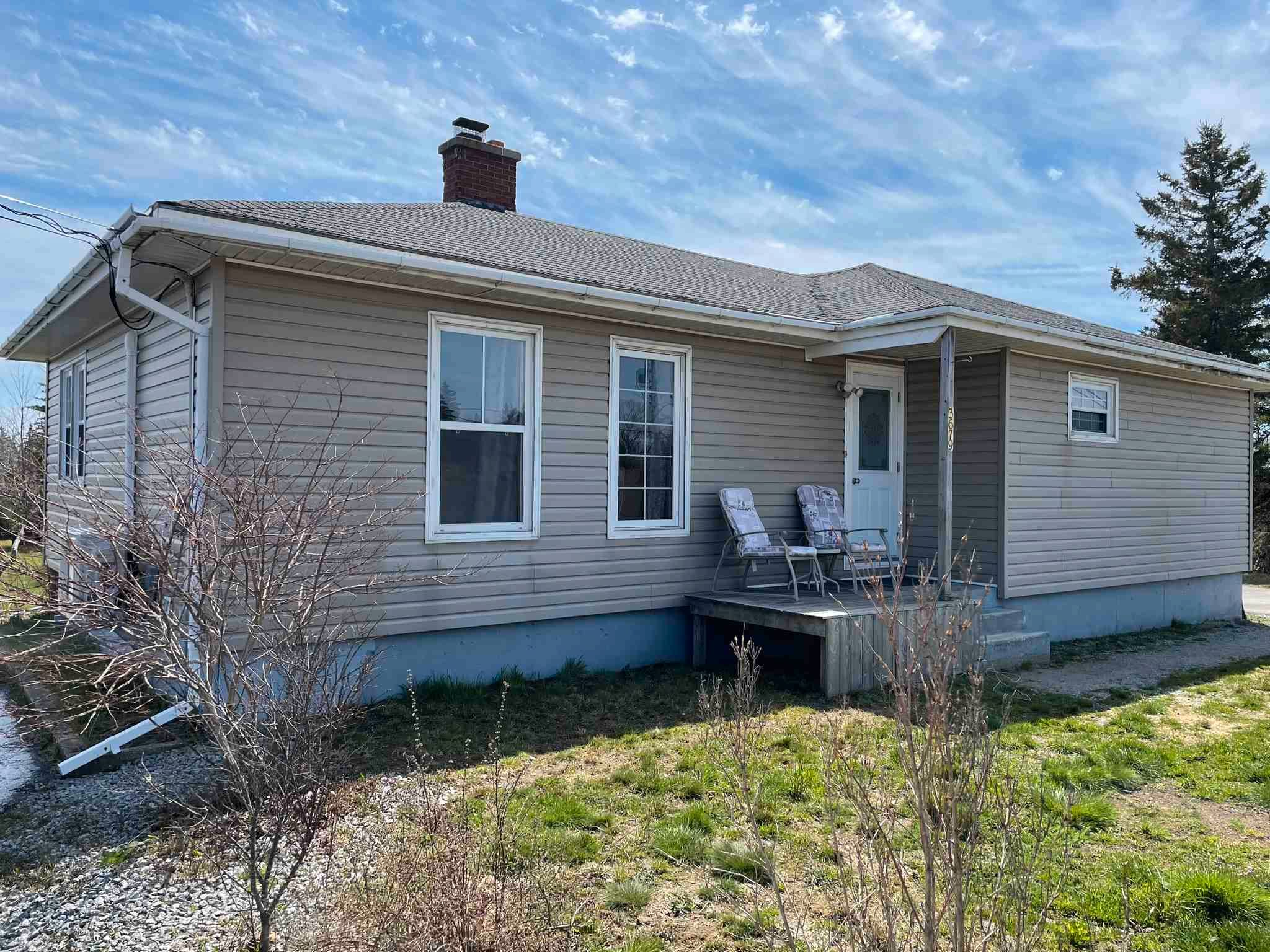 Main Photo: 3679 Highway 3 in Barrington Passage: 407-Shelburne County Residential for sale (South Shore)  : MLS®# 202109859