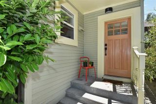 """Photo 6: 2236 E PENDER Street in Vancouver: Hastings House for sale in """"GRANDVIEW"""" (Vancouver East)  : MLS®# R2073977"""