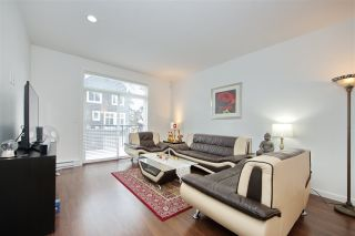 Photo 3: 9 2487 156 Street in Surrey: King George Corridor Townhouse for sale (South Surrey White Rock)  : MLS®# R2428801