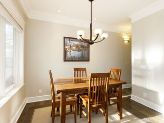 Photo 2: 3209 W 2ND AVENUE in Vancouver: Kitsilano Townhouse for sale (Vancouver West)  : MLS®# R2527751