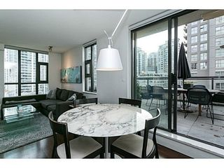 Photo 7: 607 538 SMITHE Street in Vancouver West: Downtown VW Home for sale ()  : MLS®# V1035615