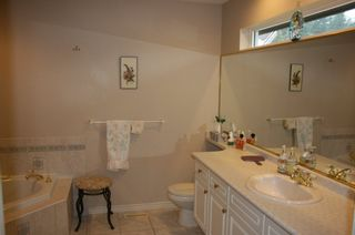 Photo 15: 6 2300 148 Street in Heather Lane: Home for sale : MLS®# F1222965