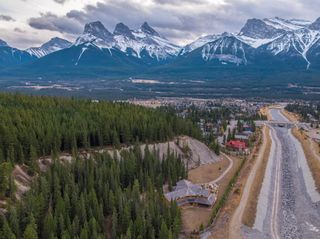 Photo 5: 17 Canyon Road: Canmore Detached for sale : MLS®# A1048587