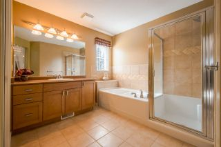 """Photo 12: 80 2200 PANORAMA Drive in Port Moody: Heritage Woods PM Townhouse for sale in """"QUEST"""" : MLS®# R2349518"""