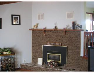 Photo 4: 5826 MOLEDO PL in Prince George: North Blackburn House for sale (PG City South East (Zone 75))  : MLS®# N195376