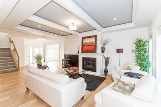 Photo 10: 3920 KENNEDY Crescent in Edmonton: Zone 56 House for sale : MLS®# E4265824