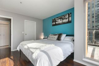 """Photo 4: PH8 1163 THE HIGH Street in Coquitlam: North Coquitlam Condo for sale in """"Kensington Court"""" : MLS®# R2452327"""