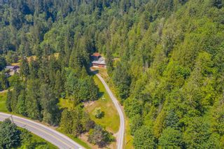 """Photo 28: 49199 CHILLIWACK LAKE Road in Chilliwack: Chilliwack River Valley House for sale in """"Chilliwack River Valley"""" (Sardis) : MLS®# R2597869"""