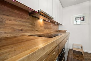 "Photo 3: 1207 989 NELSON Street in Vancouver: Downtown VW Condo for sale in ""THE ELECTRA"" (Vancouver West)  : MLS®# R2567499"
