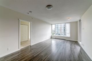"""Photo 8: 702 3096 WINDSOR Gate in Coquitlam: New Horizons Condo for sale in """"Mantyla by Polygon"""" : MLS®# R2492925"""