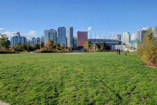 Photo 36: 405 1788 ONTARIO STREET in Vancouver: Mount Pleasant VE Condo for sale (Vancouver East)  : MLS®# R2495876
