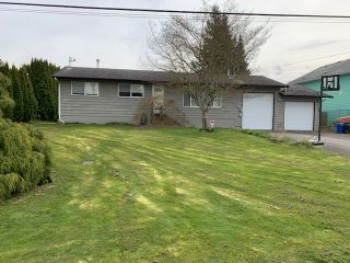 Photo 1: 6270 EDSON Drive in Chilliwack: Sardis West Vedder Rd House for sale (Sardis)  : MLS®# R2561030