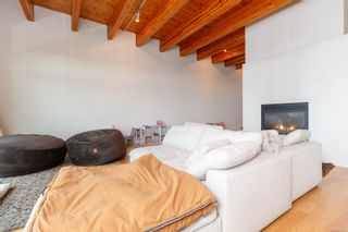 Photo 4: 3360 Ravenwood Rd in : Co Triangle House for sale (Colwood)  : MLS®# 874060