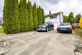Photo 2: 10584 CONRAD Street in Chilliwack: Fairfield Island House for sale : MLS®# R2563241