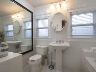 Photo 10: 2336 WOODLAND Drive in Vancouver: Grandview VE House for sale (Vancouver East)  : MLS®# R2222417