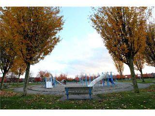 """Photo 10: # 434 5888 DOVER CR in Richmond: Riverdale RI Condo for sale in """"PELICAN POINTE"""" : MLS®# V941670"""