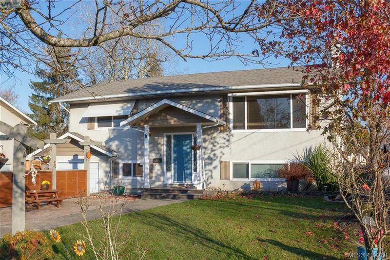 FEATURED LISTING: 10305 Bowerbank Rd SIDNEY