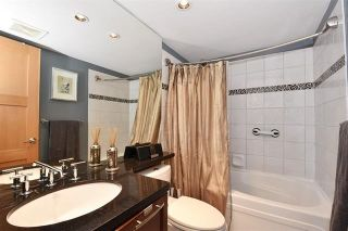 """Photo 14: 101 2137 W 10TH Avenue in Vancouver: Kitsilano Townhouse for sale in """"THE I"""" (Vancouver West)  : MLS®# R2097974"""