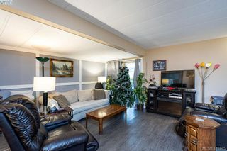 Photo 5: 9376 Trailcreek Dr in SIDNEY: Si Sidney South-West Manufactured Home for sale (Sidney)  : MLS®# 830235