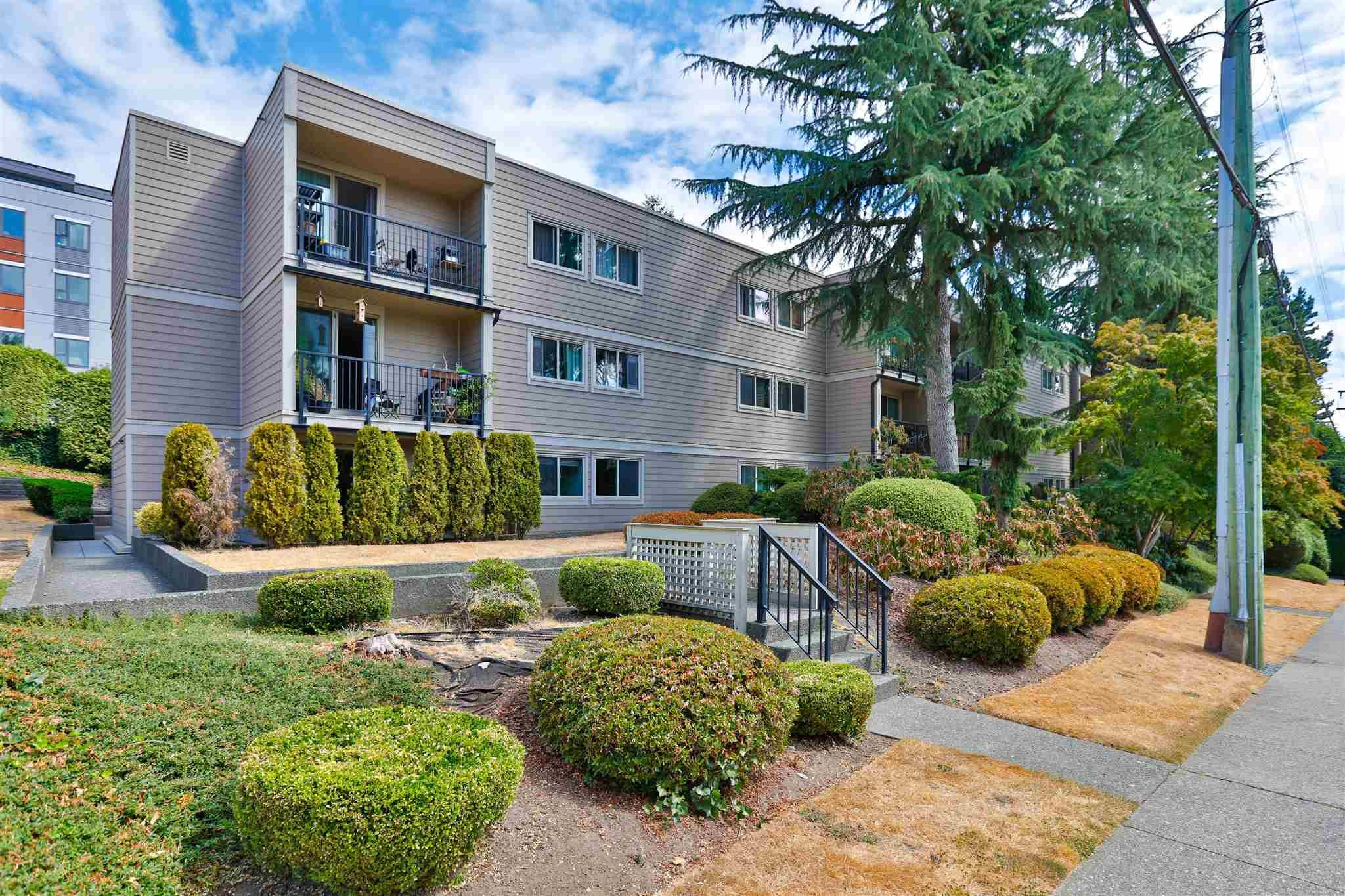 Main Photo: 102 1121 HOWIE Avenue in Coquitlam: Central Coquitlam Condo for sale : MLS®# R2604822