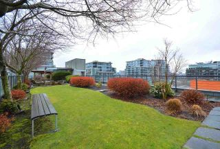 """Photo 16: 304 123 W 1ST Avenue in Vancouver: False Creek Condo for sale in """"COMPASS"""" (Vancouver West)  : MLS®# R2554885"""