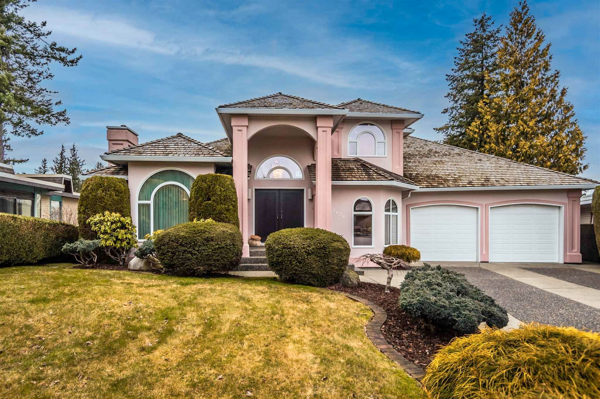 Main Photo: 1636 KEMPLEY Court in Abbotsford: Poplar House for sale : MLS®# R2607030