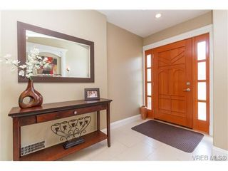 Photo 3: 1170 Deerview Pl in VICTORIA: La Bear Mountain House for sale (Langford)  : MLS®# 729928