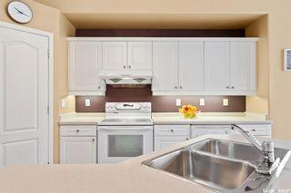 Photo 5: 422 Budz Crescent in Saskatoon: Arbor Creek Residential for sale : MLS®# SK809039