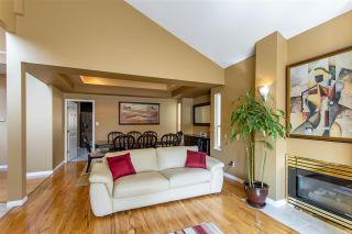 Photo 8: 183 SAN JUAN Place in Coquitlam: Cape Horn House for sale : MLS®# R2408815