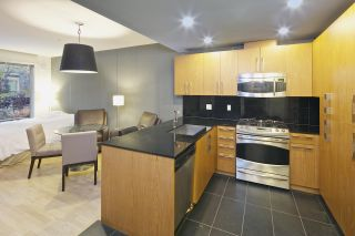 Photo 4: 101 3478 WESBROOK Mall in Vancouver: University VW Condo for sale (Vancouver West)  : MLS®# R2015338