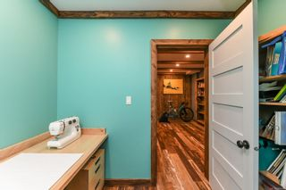 Photo 63: 2569 Dunsmuir Ave in : CV Cumberland House for sale (Comox Valley)  : MLS®# 866614