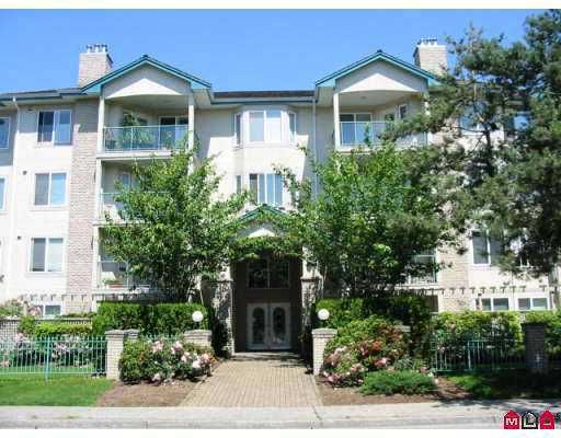 """Main Photo: 301 20433 53RD AV in Langley: Langley City Condo for sale in """"COUNTRYSIDE ESTATES 111"""" : MLS®# F2514380"""