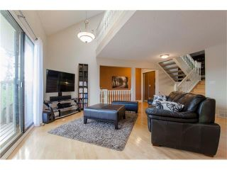 Photo 11: 5939 COACH HILL Road SW in Calgary: Coach Hill House for sale : MLS®# C4102236