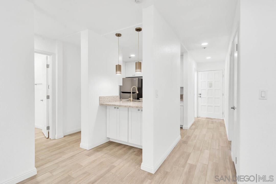 Main Photo: CITY HEIGHTS Condo for sale : 2 bedrooms : 4041 Oakcrest Drive #203 in San Diego