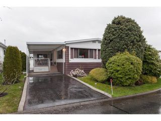 """Photo 2: 106 2303 CRANLEY Drive in Surrey: King George Corridor Manufactured Home for sale in """"Sunnyside"""" (South Surrey White Rock)  : MLS®# R2150906"""