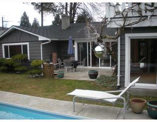 """Photo 9: 1177 TATLOW Avenue in North Vancouver: Norgate House for sale in """"NORGATE"""" : MLS®# V804489"""