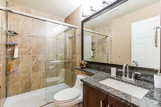 Photo 12: 5873 131a st in Surrey: Panorama Ridge House for sale : MLS®# R2373398
