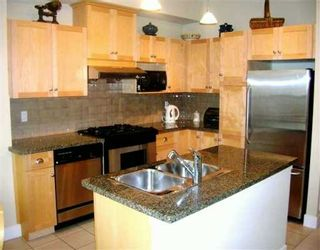 """Photo 4: 980 W 58TH AV in Vancouver: South Cambie Townhouse for sale in """"CHURCHILL GARDENS"""" (Vancouver West)  : MLS®# V577168"""