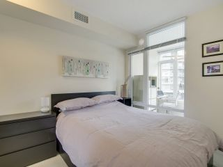 Photo 17: 205 88 W 1ST AVENUE in Vancouver: False Creek Condo for sale (Vancouver West)  : MLS®# R2149977
