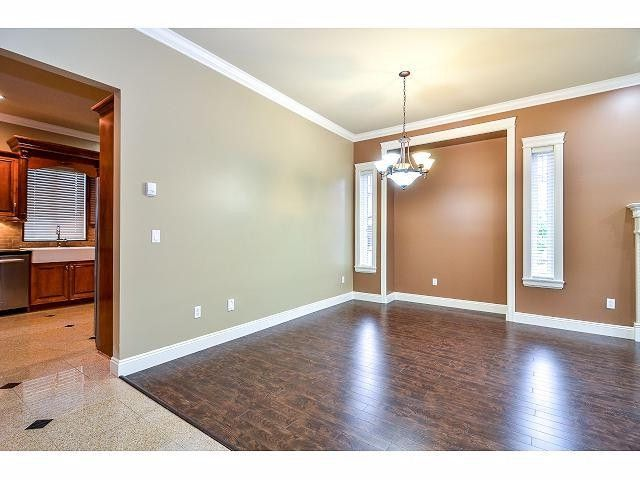 Photo 4: Photos: 6452 139A ST in Surrey: East Newton House for sale : MLS®# F1421527