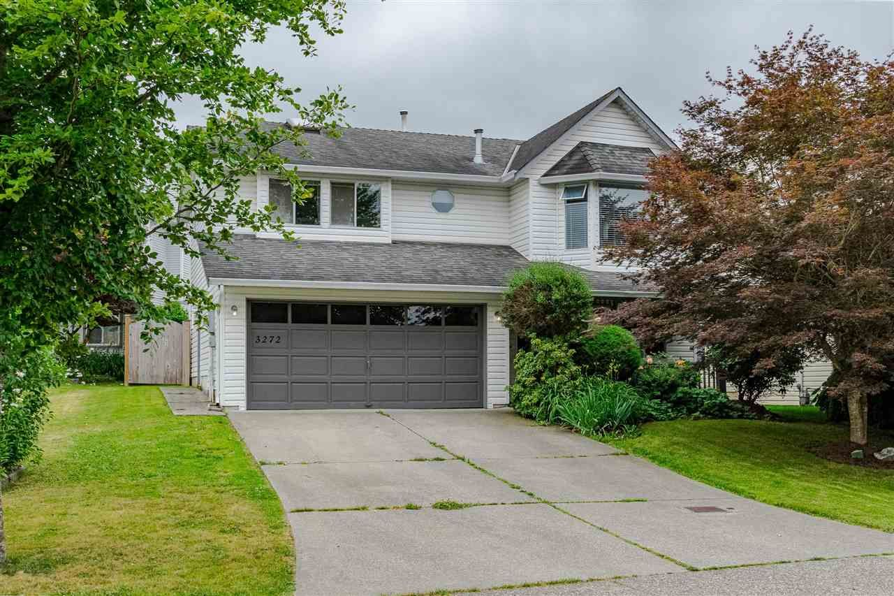 """Main Photo: 3272 274A Street in Langley: Aldergrove Langley House for sale in """"Aldergrove"""" : MLS®# R2468844"""