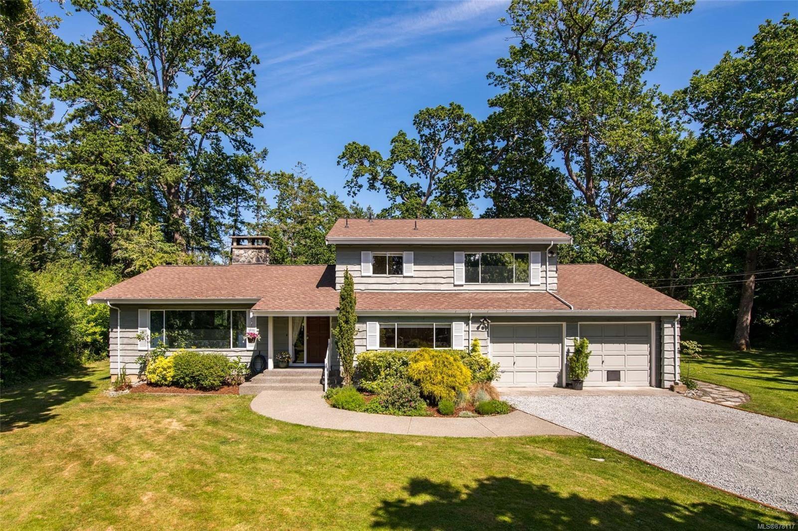 Main Photo: 10215 Tsaykum Rd in : NS Sandown House for sale (North Saanich)  : MLS®# 878117