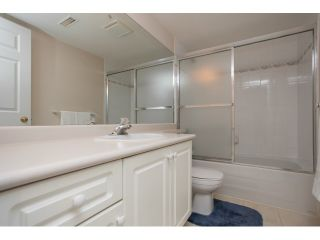 """Photo 16: 54 15959 82ND Avenue in Surrey: Fleetwood Tynehead Townhouse for sale in """"CHERRY TREE LANE"""" : MLS®# R2035228"""