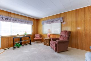 Photo 2: 52 9080 198 Street: Manufactured Home for sale in Langley: MLS®# R2562406