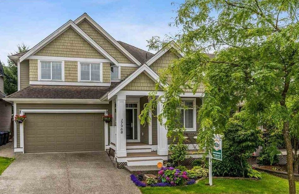 "Main Photo: 17968 71A Avenue in Surrey: Cloverdale BC House for sale in ""Provinceton"" (Cloverdale)  : MLS®# R2492909"