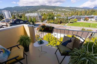 """Photo 12: 601 2187 BELLEVUE Avenue in West Vancouver: Dundarave Condo for sale in """"Surfside Towers"""" : MLS®# R2620121"""