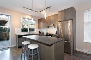 """Photo 5: 38343 SUMMIT'S VIEW Drive in Squamish: Downtown SQ Townhouse for sale in """"NATURE'S GATE EAGLEWIND"""" : MLS®# R2327010"""