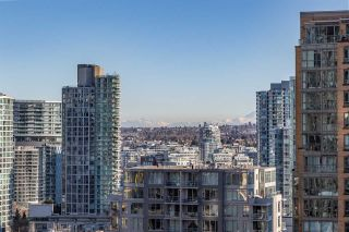 "Photo 15: 1704 1199 SEYMOUR Street in Vancouver: Downtown VW Condo for sale in ""BRAVA"" (Vancouver West)  : MLS®# R2531819"